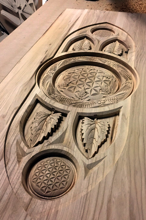 Art & machining a carved cnc table